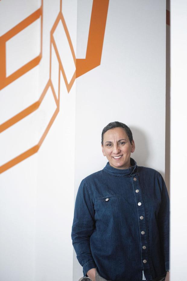 La cheffe belge Isabelle Arpin revisite la recette du poulet dominical