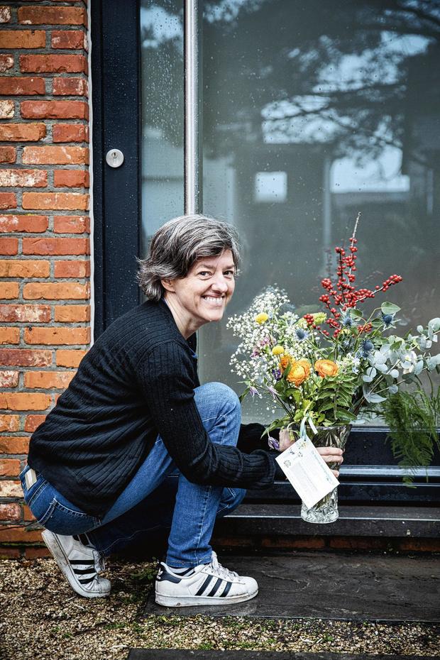 """Annick Helsen a lancé le """"vase à transmettre"""""""