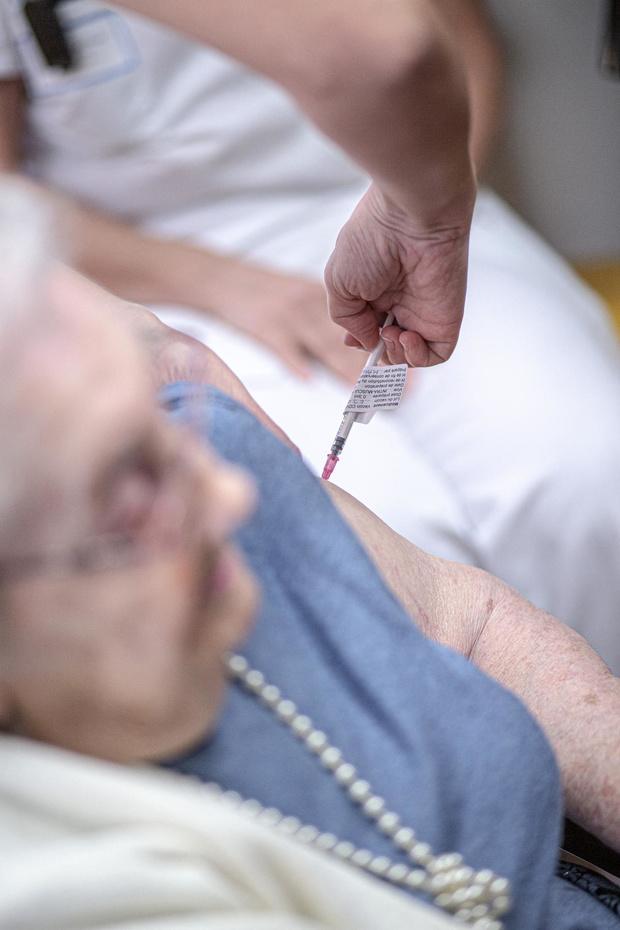 """""""Très attachés à la protection des données, les généralistes préféreraient une stratégie de vaccination par tranche d'âge"""""""