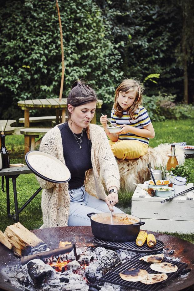 Four, barbecue... La cuisine en plein air connaît un certain engouement