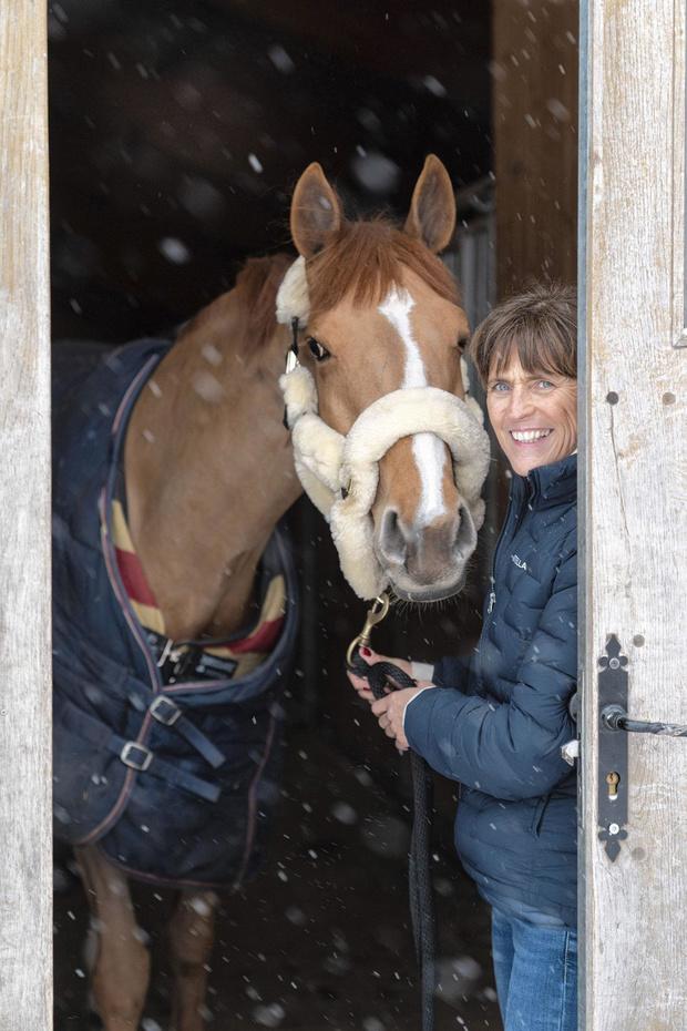 Mercedes De Buyst est physiothérapeute pour chevaux