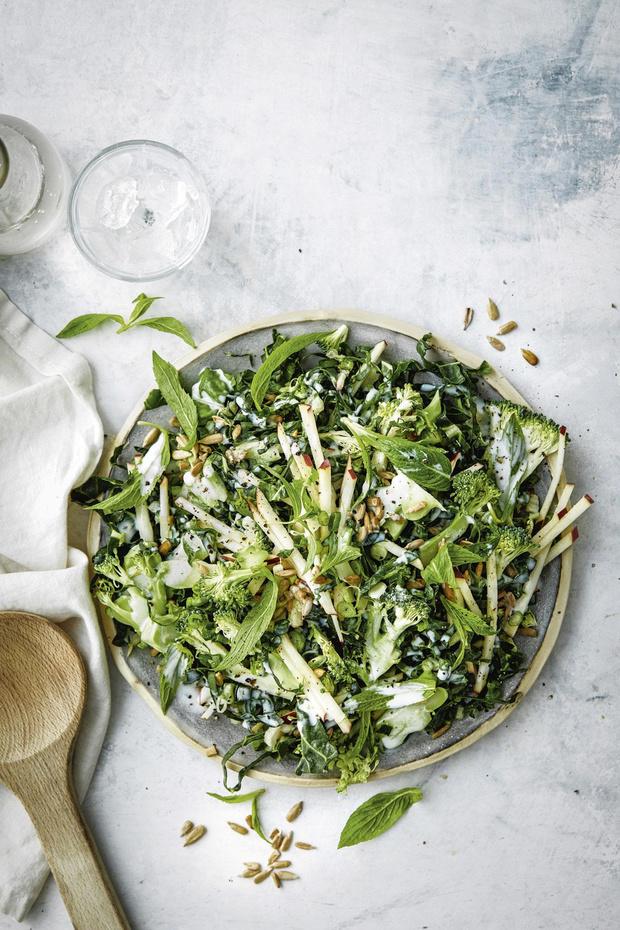 Salade de blettes et brocolis aux pommes
