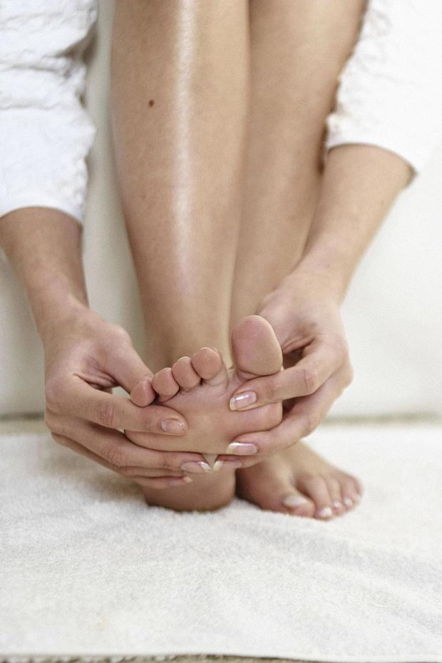 Lokale behandelingen voor schimmelinfecties van teennagels