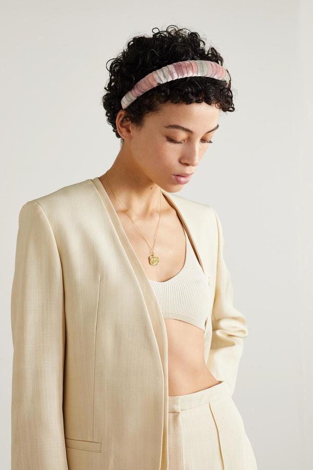 Shopping: 10 accessoires pour adopter le tie & dye en douceur cet été