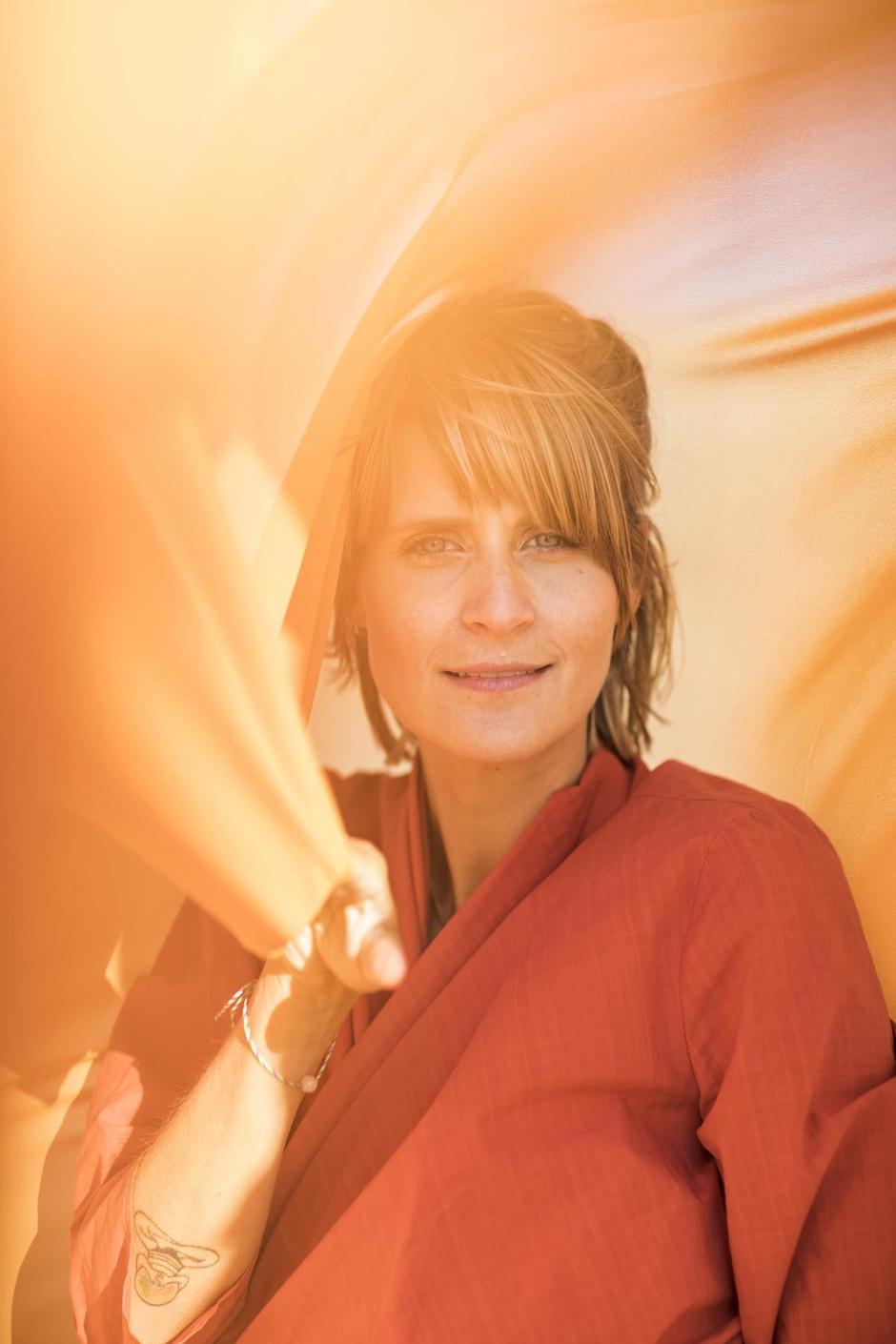 """Een door de zon gekuste Eva Daeleman: """"Ik heb nu het leven waar ik toen van droomde"""""""