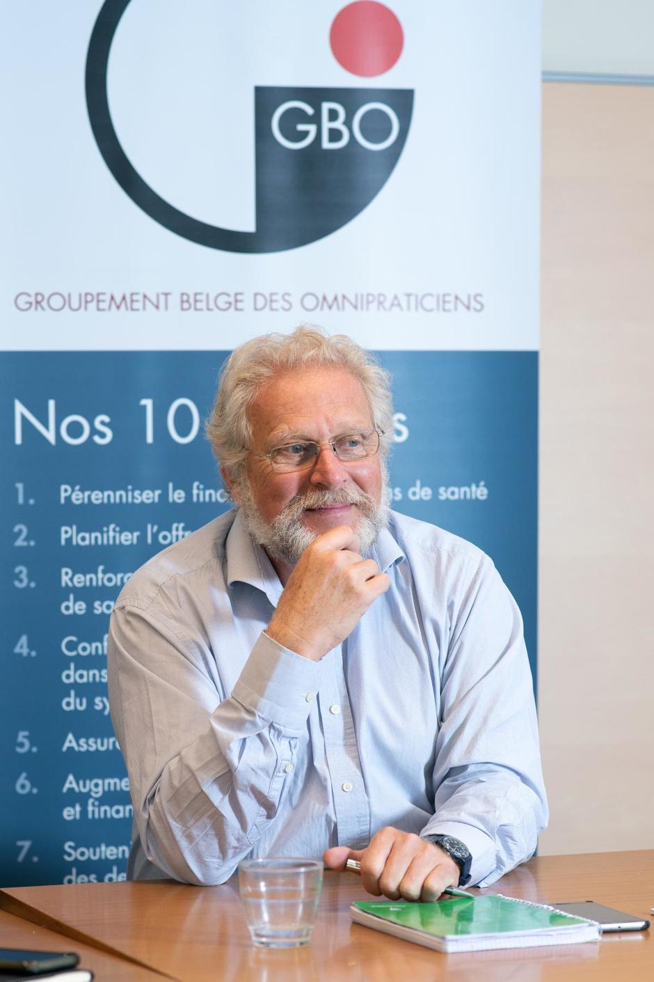 """Dr Paul De Munck (GBO) : """" Récupérer les guéris du Covid19, oui. Mais où ? """""""