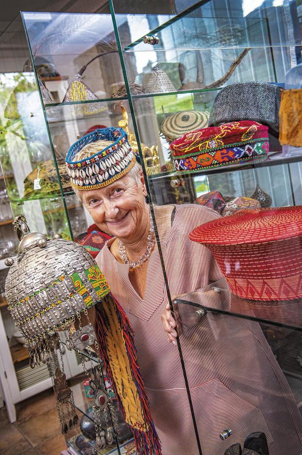 Hilde Lemey opent hoedenmuseum