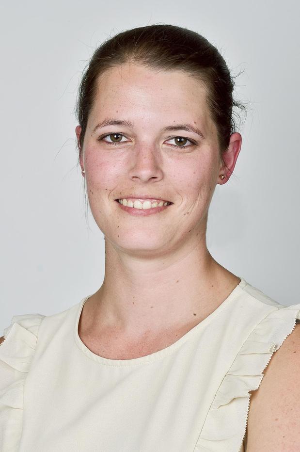 Tina Feys (Vlaams Belang) wordt in Roeselaarse gemeenteraad opgevolgd door Koenraad Cracco