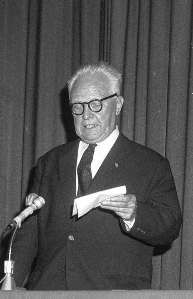 15 mars 1951 : Julien Kuypers, secrétaire général malchanceux