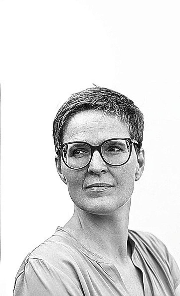 Professor klinische psychologie Elke Van Hoof (VUB)