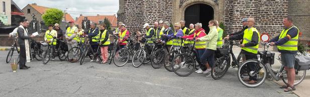 Fietsers van Okra Woumen starten uiteindelijk toch nog aan fietsseizoen