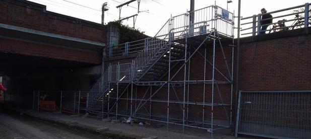 Tijdelijke trap in de Zandstraat in Kortrijk