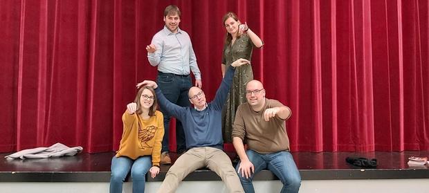 Theatergezelschap Triene Wup verhuist naar Buurthuis 't Senter in Kuurne
