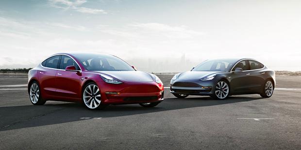 """La justice allemande juge trompeuse la publicité autour du """"pilote automatique"""" de Tesla"""