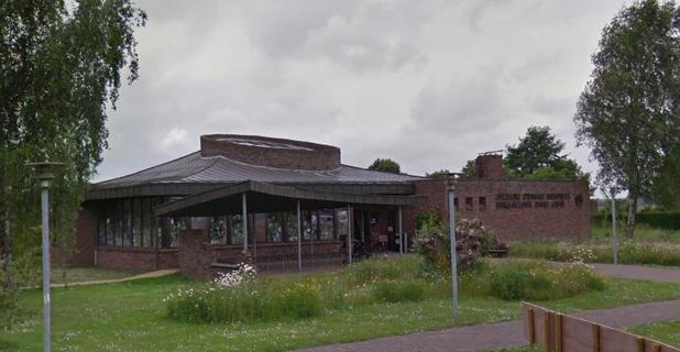 Bibliotheek van Damme start met afhaalservice