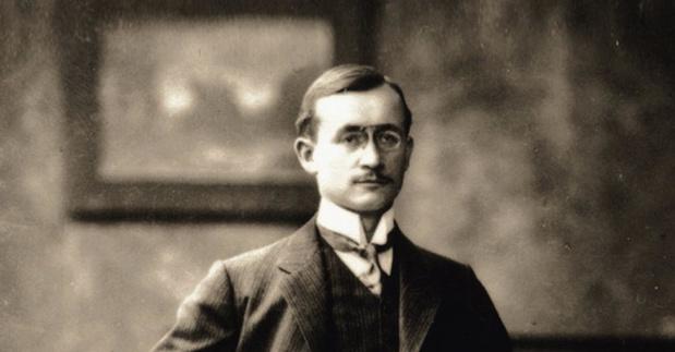 Röhm, l'heureux inventeur du plexiglas dont le coronavirus a dopé les ventes