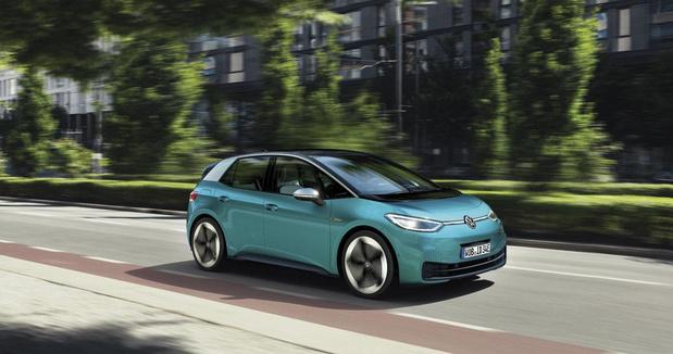 Volkswagen électrise