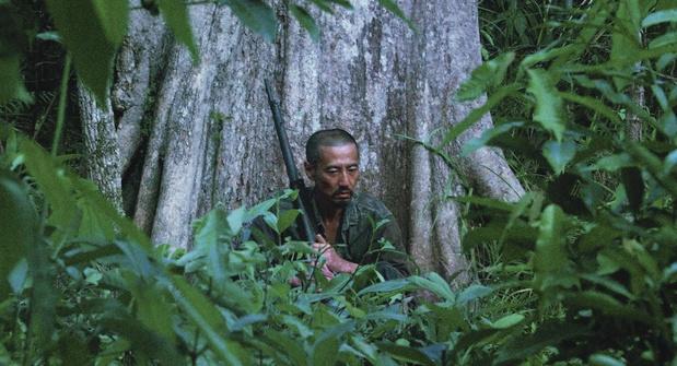 """Arthur Harari à propos de la réalisation d'Onoda: """"il était hors de question de m'emparer de ce sujet à la légère"""""""