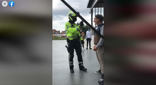 """Facebookgroep en petitie om Roeselaarse agent te steunen: """"Skater lokte alles uit"""""""