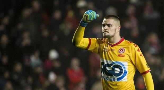 KV Kortrijk speelt gelijk tegen Antwerp, doelman redt penalty Lamkel Zé