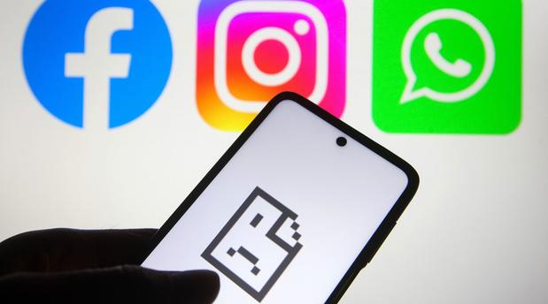 """Méga panne de Facebook: """"Le modèle du réseau social est obsolète"""""""