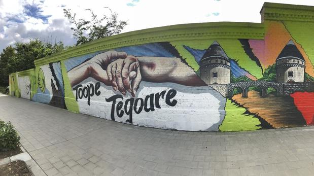 Streetart in Kortrijk brengt ode aan zorgverleners