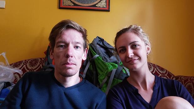 """Tim en Birgit uit Ieper zitten vast in Nepal: """"We vrezen dat dit nog drie weken duurt"""""""