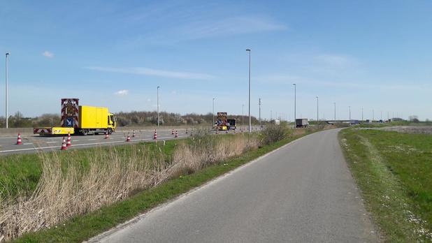 E40 in Adinkerke richting binnenland afgesloten
