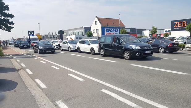 Vijf auto's betrokken bij kop-staartbotsing