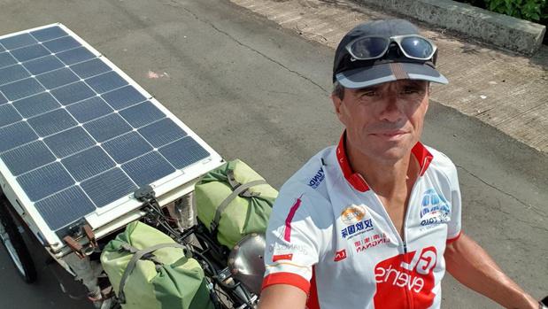 Ieperling is terug na fietstocht van 22 maanden, waarin hij 27 landen doorkruiste