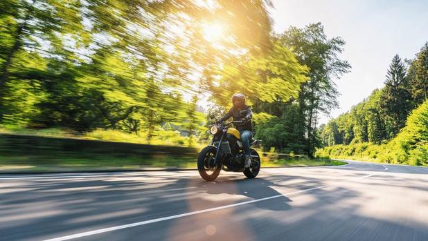 Life's better on a bike. Ontdek het plezier van motorrijden.