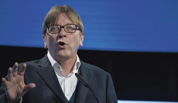 Brexit : Verhofstadt suggère une clause d'annulation en cas de non-respect par Londres