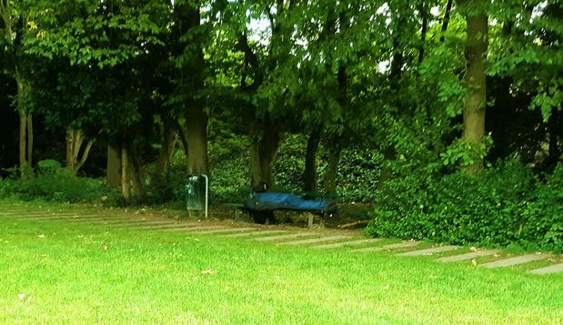 """Kortrijk overweegt dan toch nachtopvang voor daklozen in de zomer: """"Maar niet dit jaar"""""""