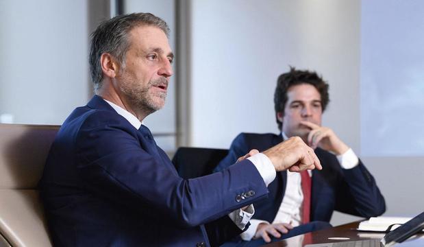 """Entretien croisé entre Thibauld Jongen (Sabca) et Thomas Dermine (PS) sur """"l'Etat stratège"""""""