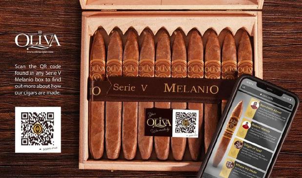 Primeur in sigarenwereld: Oliva Cigars krijgt QR-code op sigarendoos