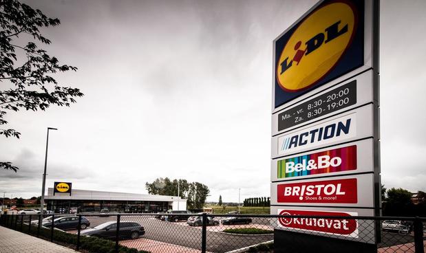 Winkels op nieuwe handelszone Esenweg openen de deuren
