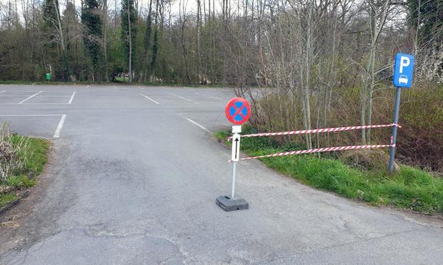 Parking bij Groenhovebos eventjes afgesloten en nu ook effectief