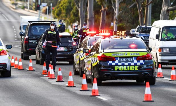 Australie: Melbourne va subir un cinquième confinement