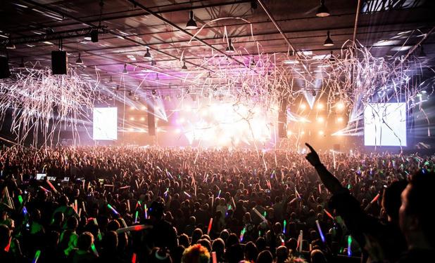 DJ Joeri Pauwels roept op tot #LightTheSky vanuit Bissegem
