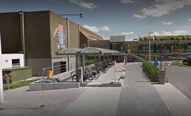 Waregem heeft triagecentrum voor coronavirus in sporthal De Treffer ingericht