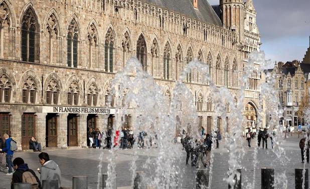 Vlaamse bezoekers kleuren toeristische zomer in Ieper