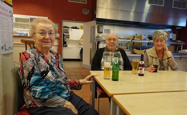 """Kortrijk sluit alle woonzorgcentra en wijkcentra voor bezoekers: """"Geen enkel risico nemen"""""""