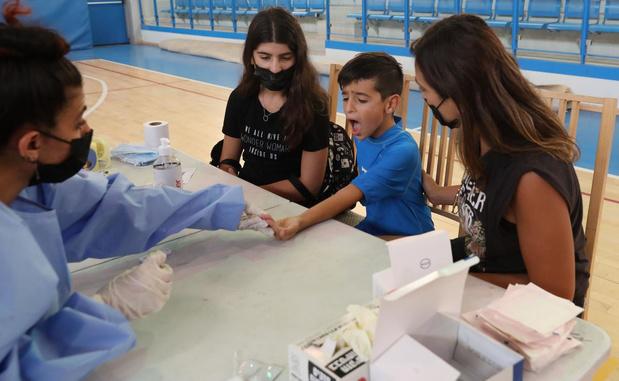 Israël: près de 10.000 contaminations au Covid-19 en une journée