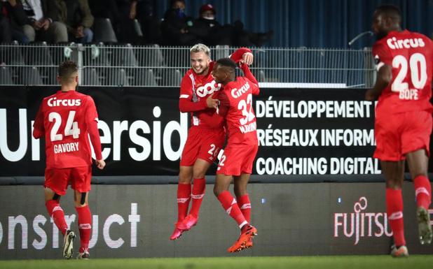 Clubnieuws: geen publiek bij Eupen-Mechelen, Mignolet ondergaat nieuwe test & Van Geneugden weg bij Lommel
