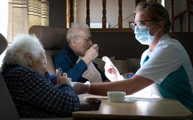 """""""Seulement"""" 172 nouvelles hospitalisations, quasi 6.000 morts en tout"""