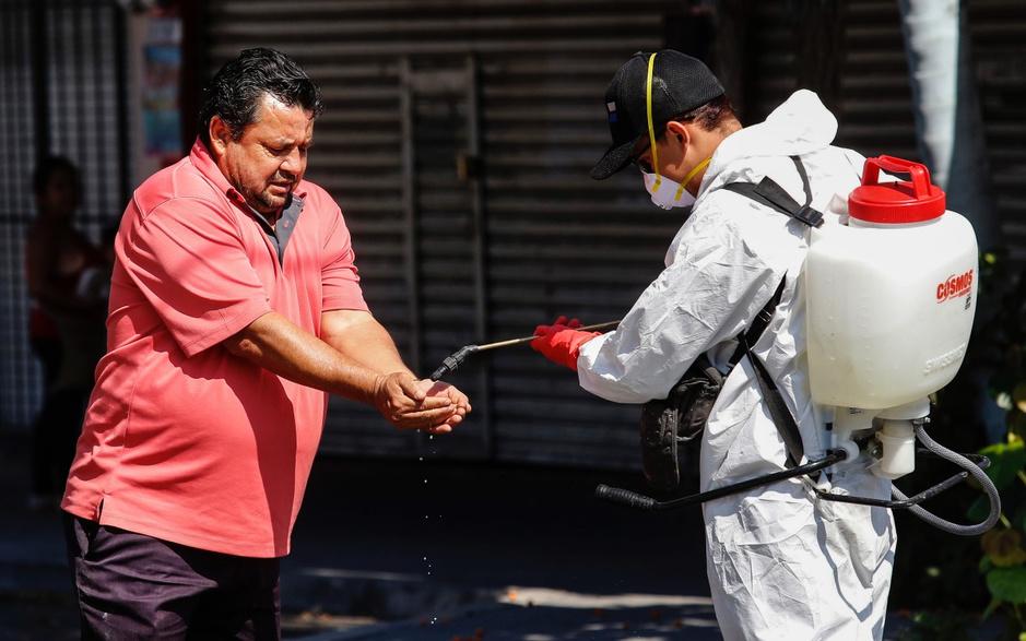 Ook Latijns-Amerika diep in het rood: 'Markten en mensen zijn bang'