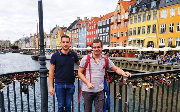 Vrienden van Vermaak Na Arbeid moeten na Noorwegen ook Zweden uit roadtrip schrappen
