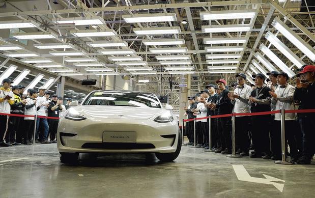 Tesla en négociations pour utiliser des batteries sans cobalt pour sa production chinoise