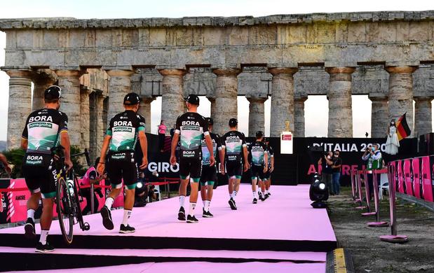 Dagboek uit de Giro - dag 1: naar de Grande (ri)Partenza