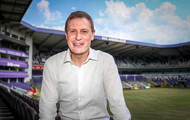 Karel Van Eetvelt: 'Een loon van 3 miljoen euro voor een speler is boven onze stand'